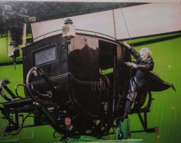 15張證明《怪獸2》「演員忍笑能力很強」的幕後特效圖 紐特跟空氣對戲也能hold住全場~