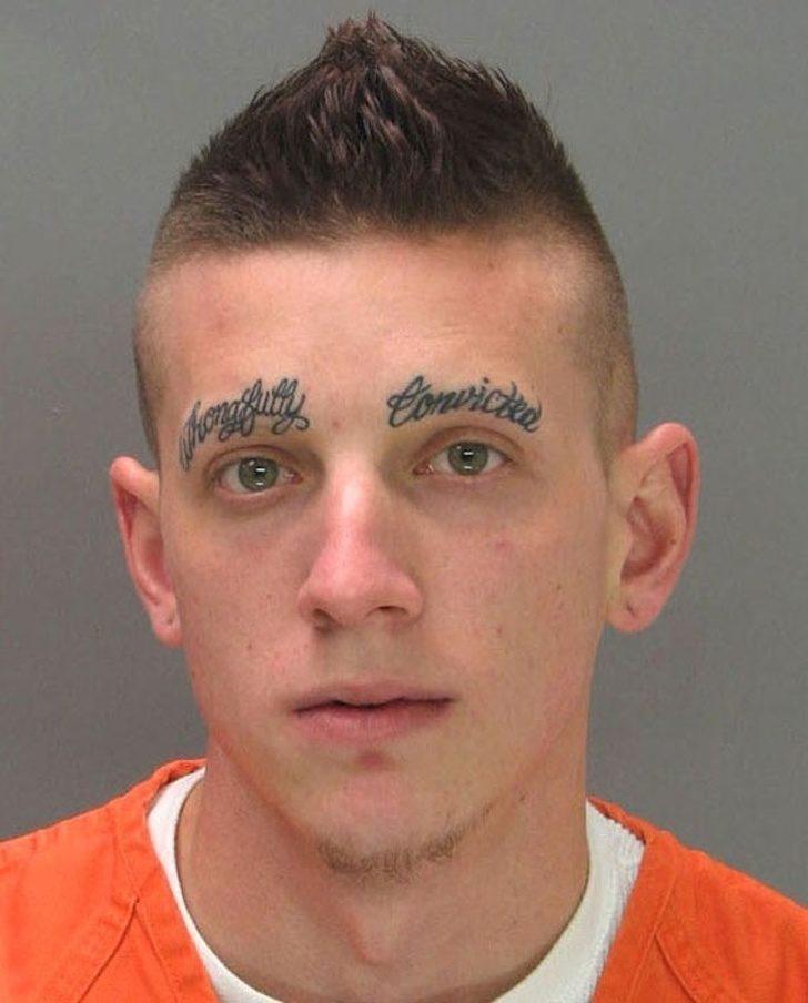 23個你這輩子都不會想畫在臉上的「獵奇眉毛」 NIKE形狀根本歐美版8+9小太妹XD