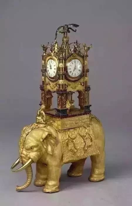 20幾個「乾隆超奢華鐘錶收藏」 看到第5個就知道...難怪清朝就這樣沒了!