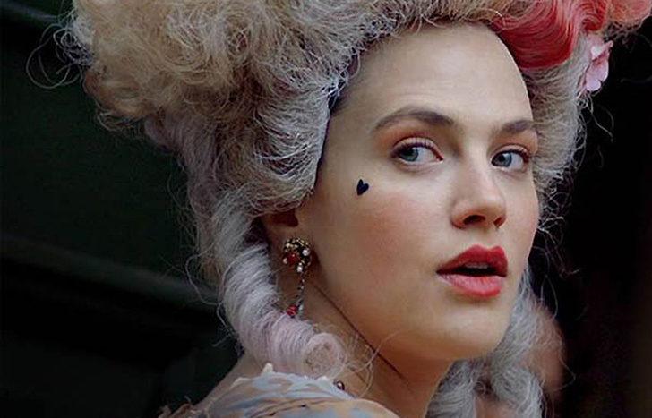 10個歷史上「不擇手段也要變美」的獵奇方法 往臉上貼心型小貼紙...其實是為了埋藏醜陋的自己