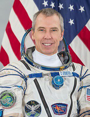 外太空出任務197天「回地球連路都不會走」 重學走路「比嬰兒還辛苦」...連直線都不會!