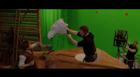 《怪獸與牠們的產地》拍攝現場瞎到你想退票 紐特爬出的皮箱...從頭到尾都自己拿著XD