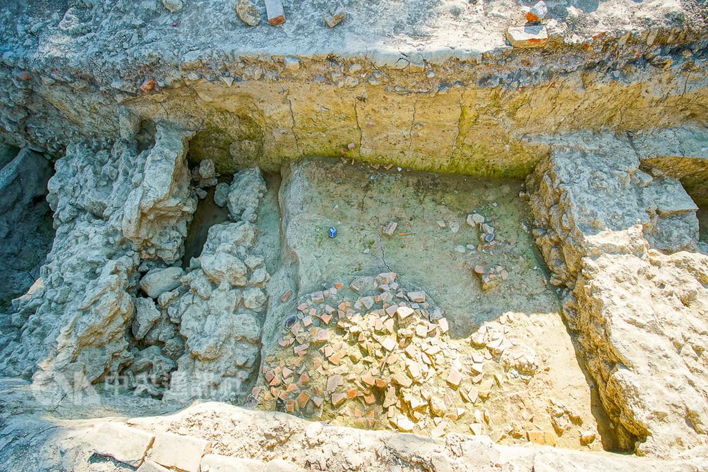 就在台灣!工程挖到老舊石塊全面停擺 竟證實真是「清代百年城牆」就算虧損也要留下來