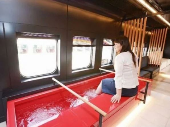 排水溝可以養錦鯉!23張「日本像別的星球」的超狂日本生活照