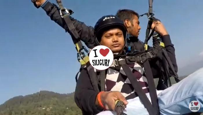 影/自拍變成上天堂的直播...滑翔傘繩索突斷開「他從笑臉→極度恐懼」 飛行員犧牲自己畫面太震撼