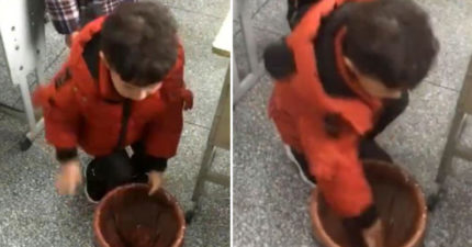 小男孩「花3秒裝垃圾袋」卻吸引千萬人觀看 網友:20年都白活了!