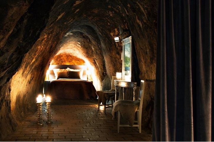 10個看完秒懂「貧窮限制你的想像」的各地絕美飯店 體驗富翁版的山頂洞人!