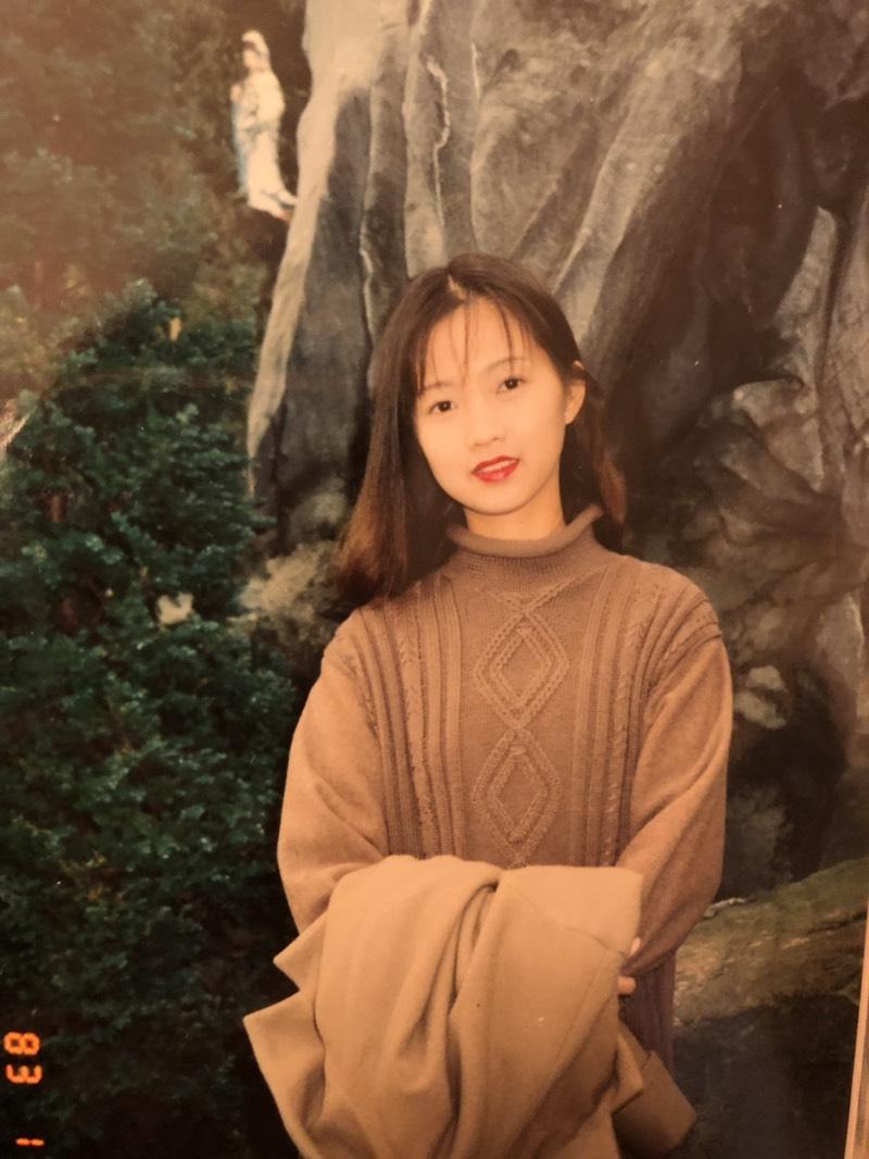 媽媽嗆「我年輕時比妳還美」女兒超火大 看完「當年的零修圖真相」讓她直接認輸了!