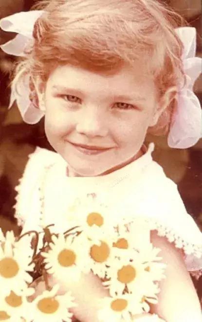 她從小在路邊賣水果「卻意外嫁進英國皇室」 離婚後「灰姑娘的人生」卻變更完美