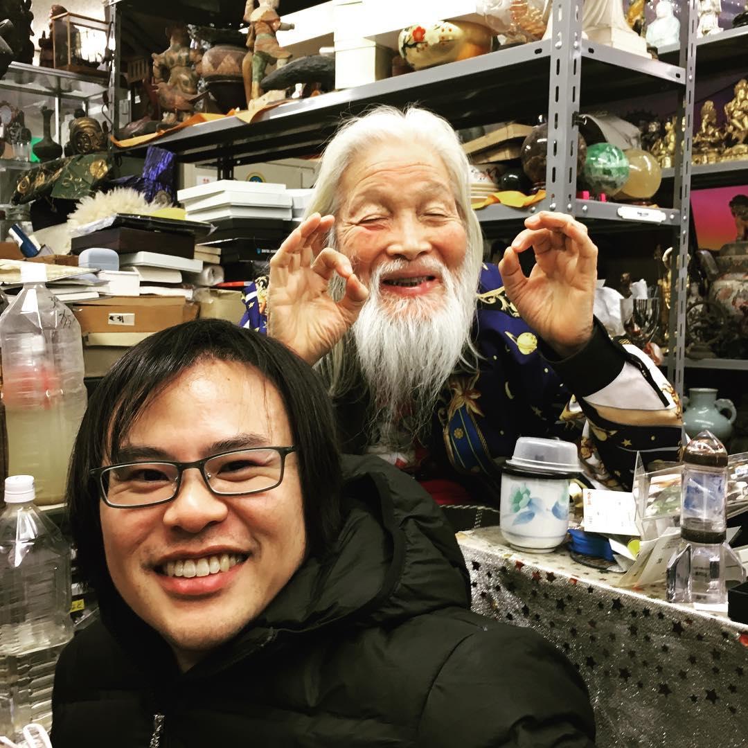 日本超狂爺爺自稱「外星人混血兒」 定期回獵戶座「探望兄弟」:人類大腦很爛!