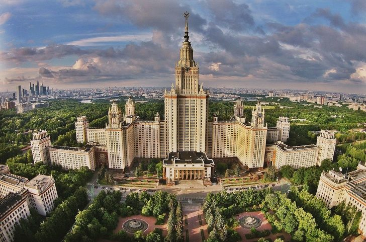 13個「讓你想對設計師下跪拜師」的摩天大樓奇觀 俄羅斯高塔直接衝破雲端!