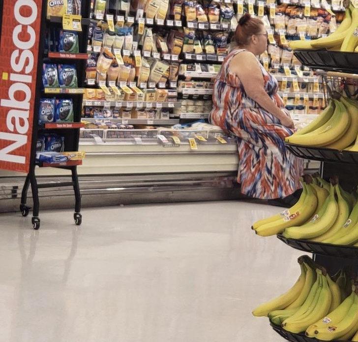 18個「以為全世界繞著自己轉」的超可惡行為 去超市買蘋果...看到超嘔畫面!