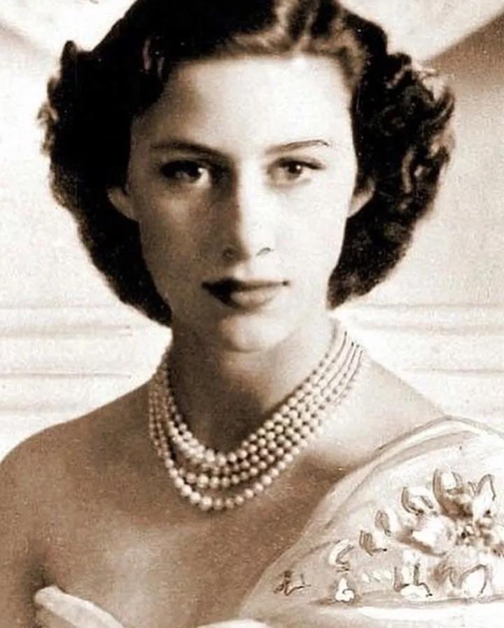 歷史上高顏值「東方美 V.S 西方美」 最後都沒有好下場...戴安娜王妃從「戀愛到心死」