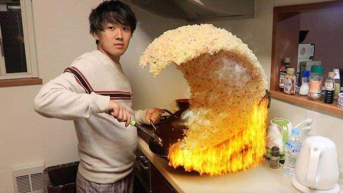 跪求PS大神「最好吃的炒飯瞬間」網友創意大比拚 怎麼連炒飯都要掐佐助啦XD