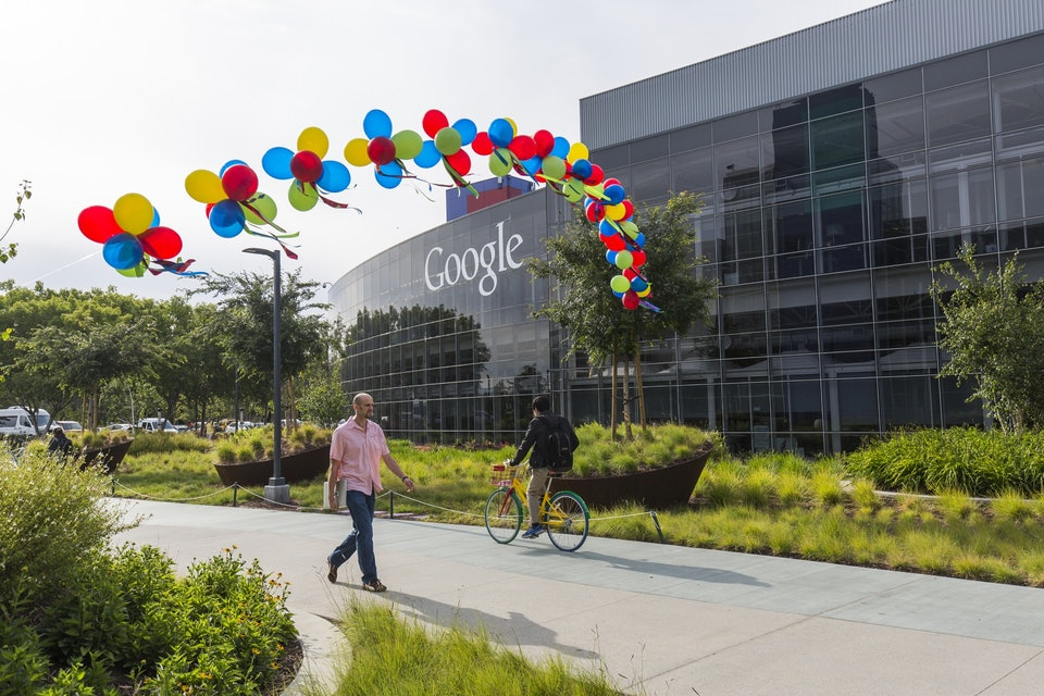 在Google工作很爽?「G式種姓制度」用顏色分等級 低階員工連開會都沒資格!