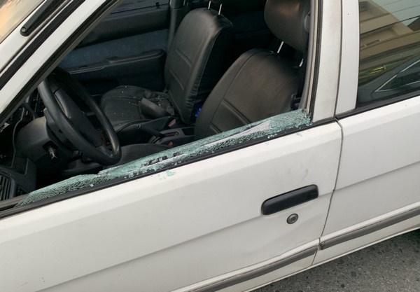 找到本人了!桃園蹦蹦姐「徒手把車拆光光」 網友被「神力三寶」嚇傻:汽車是豆腐做的?