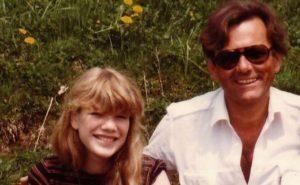 女兒在繼父家離奇沒心跳「重要器官.蒸發」 生父孤身找人30年...最終討回公道!