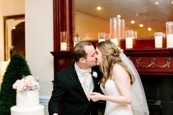 「命中注定我愛你!」新娘新婚當天看到「11493」才發現命運相連的超浪漫巧合