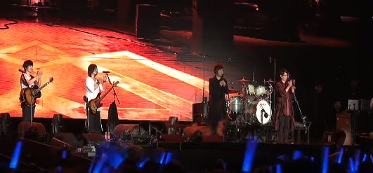 五月天宣布「過了今天就沒有演唱會」 出道20年沒留下遺憾...歌迷淚崩:沒跟錯人!