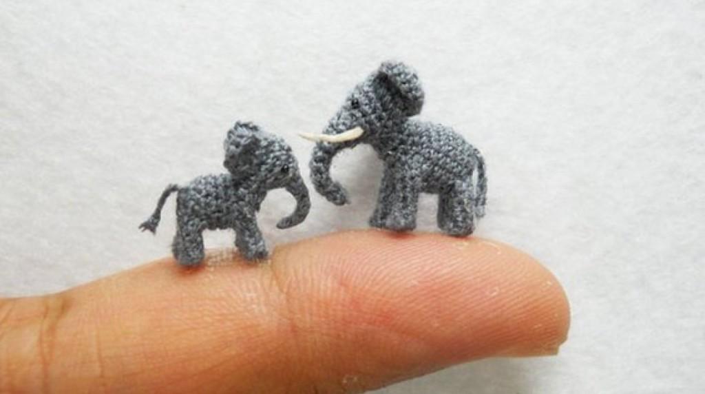 他用針跟毛線在「指尖開動物園」 放大看「100%複製的真相」讓你忍不住想拍手!