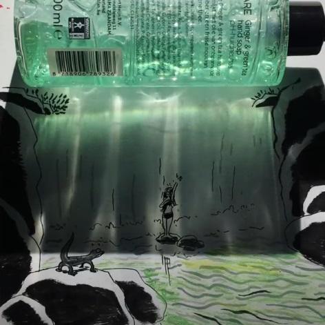 光影都是說故事高手!藝術家靠「生活用品影子」展現奇幻魔法 事實證明…洗手乳非常不簡單