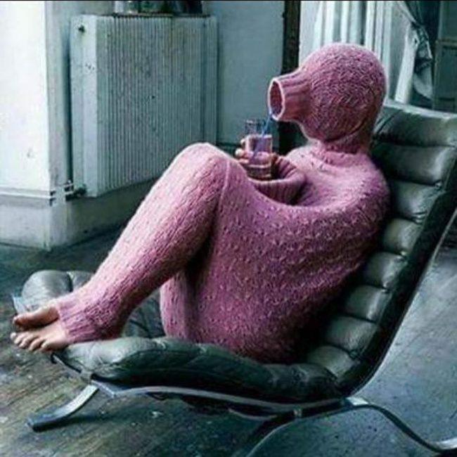 20個「跟天氣抗衡到底」的超狂人類 汽車空調壞了...直接把客廳的冷氣裝上去!