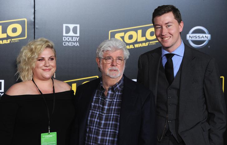 9位在好萊塢拍完戲也要「回家當媽媽」的單親爸爸 連恩尼遜堅持「自己帶孩子」的原因超鼻酸