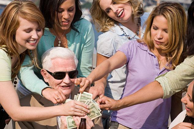 正妹自願「幫老男人擦屁股」1個月爽賺16萬 她自爆:想更深入的還很多!