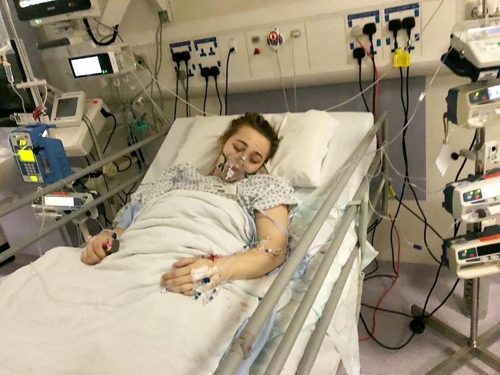 19歲嫩妹因為頭痛「睡了4天」 醒來卻發現懷裡多了一個「親生寶寶」