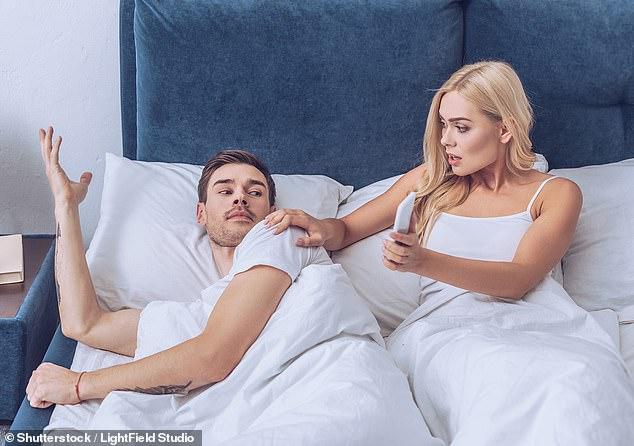 她半夜偷看片發現老公竟「主演只有男生的片」 他自爆「更驚人背叛」讓網友苦勸:告他!