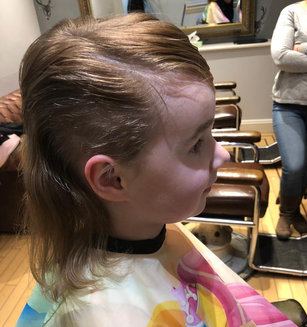 Momo駭進小豬佩奇卡通裡「叫女兒剪頭髮」 女兒後來說的話讓她不敢睡覺