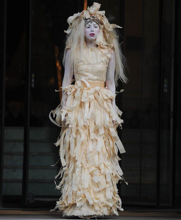 女神卡卡坦承「生肉搞怪裝→優雅晚禮服」的轉變原因 她:我比任何人更想當普通人!