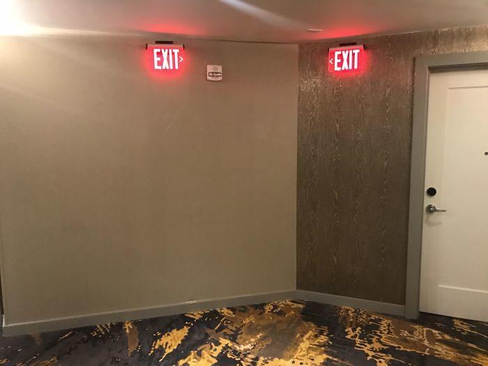 31個讓人「想檢測設計師智商多少」的糟糕飯店設計 窗廉風格像發生過兇事一樣!