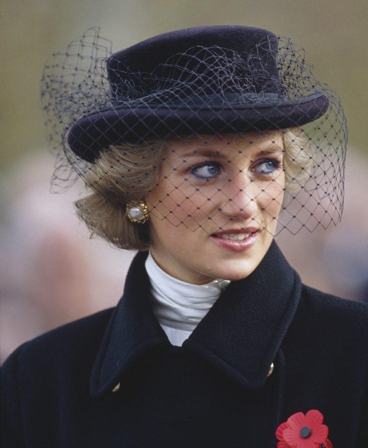 15張戴安娜珍貴照證明「只有她夠資格當王妃」 小時候就能駕馭「貴族必備象徵」!