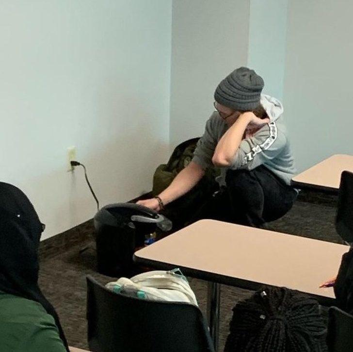 20張證明「學生不唸書的時候都比較聰明」偷懶妙招 帶鬆餅去教室烤變英雄!