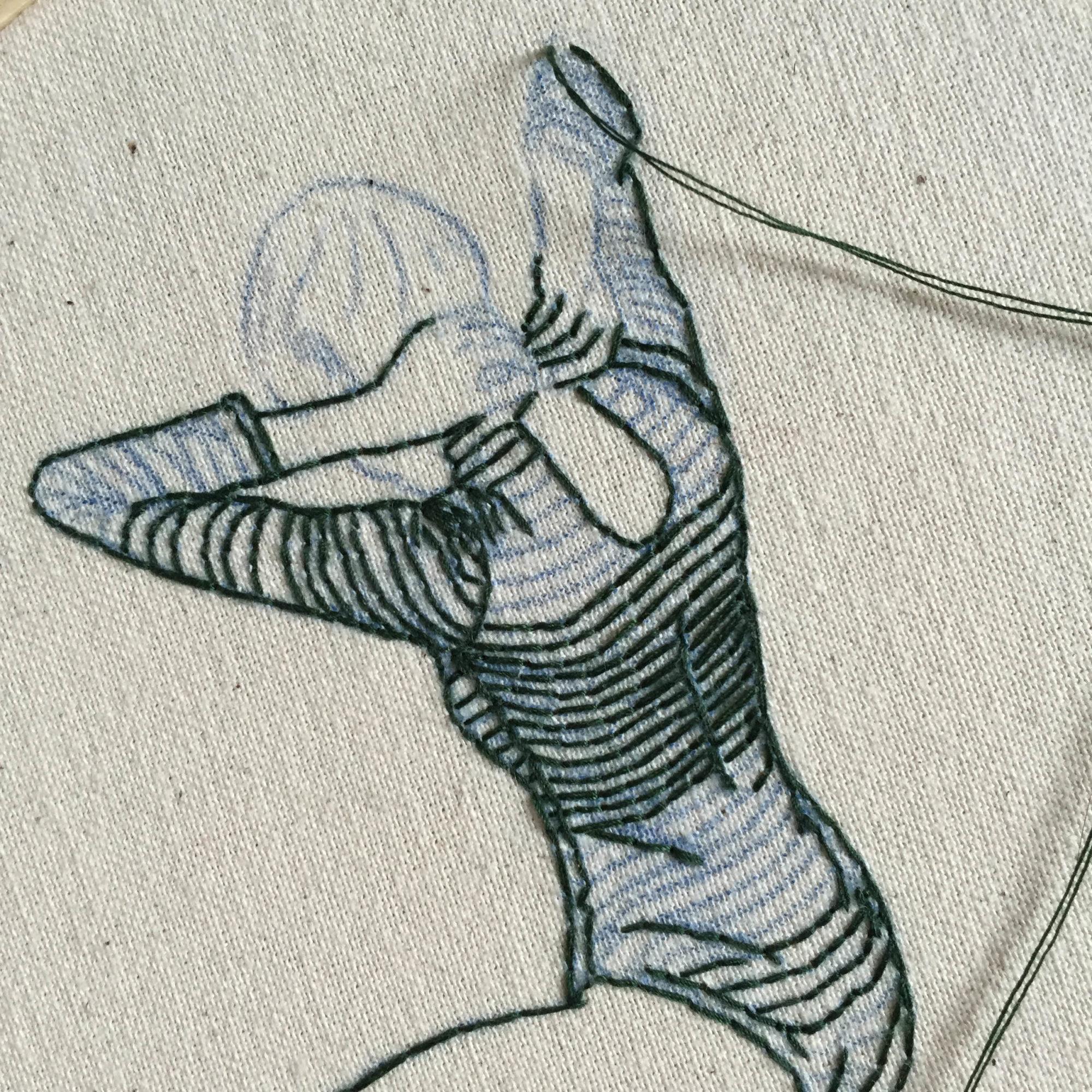 她創作從布上「流出來」超美刺繡 「超仙氣本人」曝光...根本就是在刺自己!