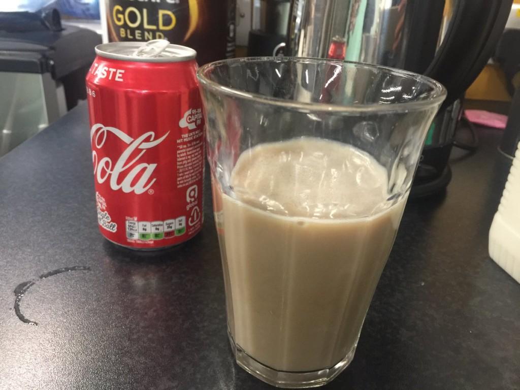 推特瘋傳「牛奶+可樂」其實超好喝 網友爆料「超猛特別功效」:每個貪杯的人都該喝!