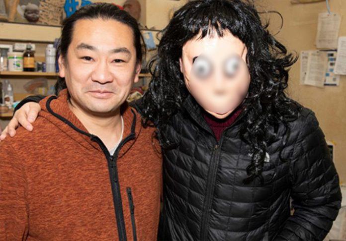 日藝術家自責作品「Momo」引全球恐慌 他決定親手「銷毀惡夢」:詛咒消失了!