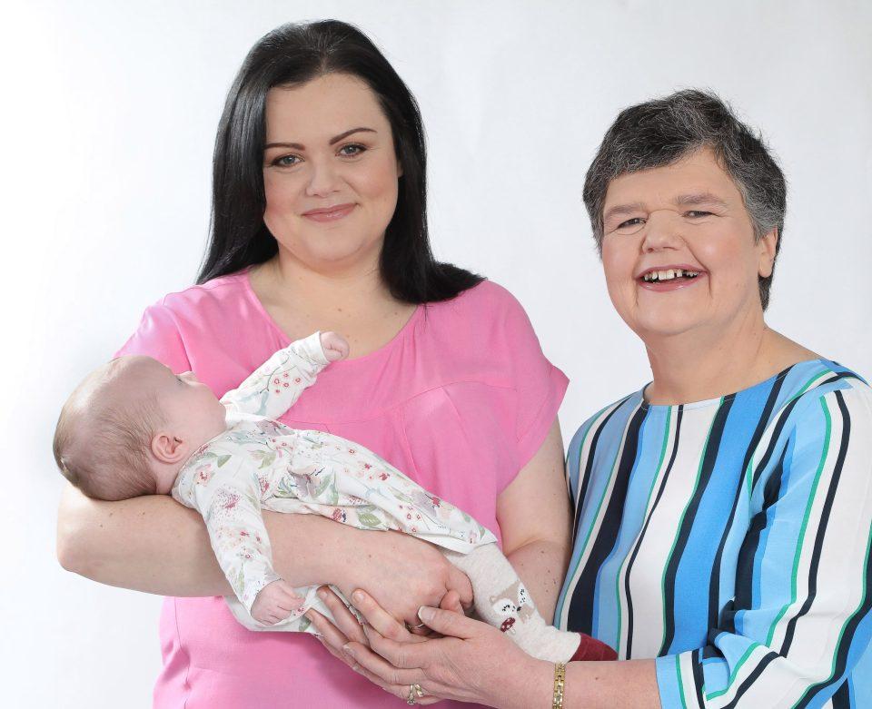 超威媽媽「自己的孫女自己生」!有求必應為女兒生下自己的孫子