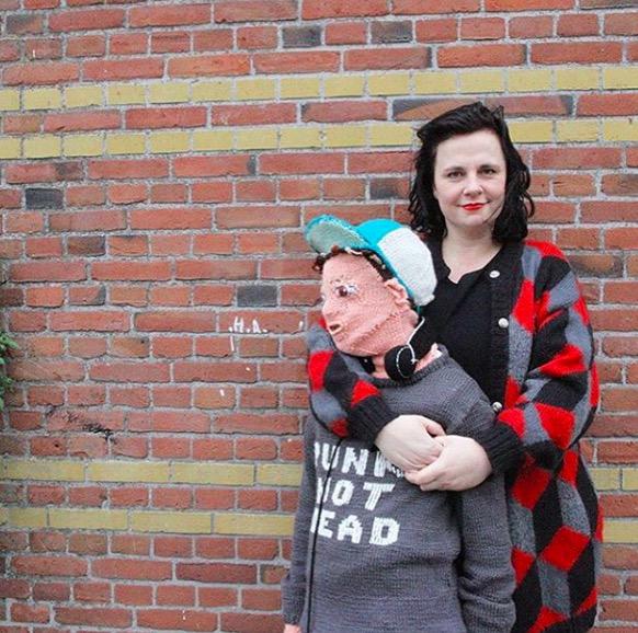 超狂媽因為兒子長大「不能陪伴她」親自製作「新兒子」 網看完大驚:太詭異!