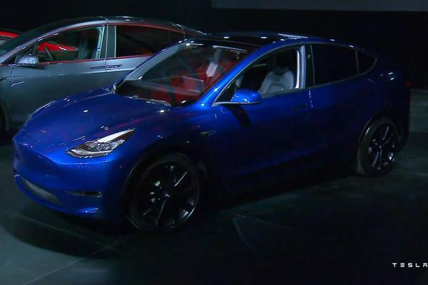 特斯拉推出「平民版」電動車 主打「續航力不縮水」網看價格傻眼:6個月薪水...