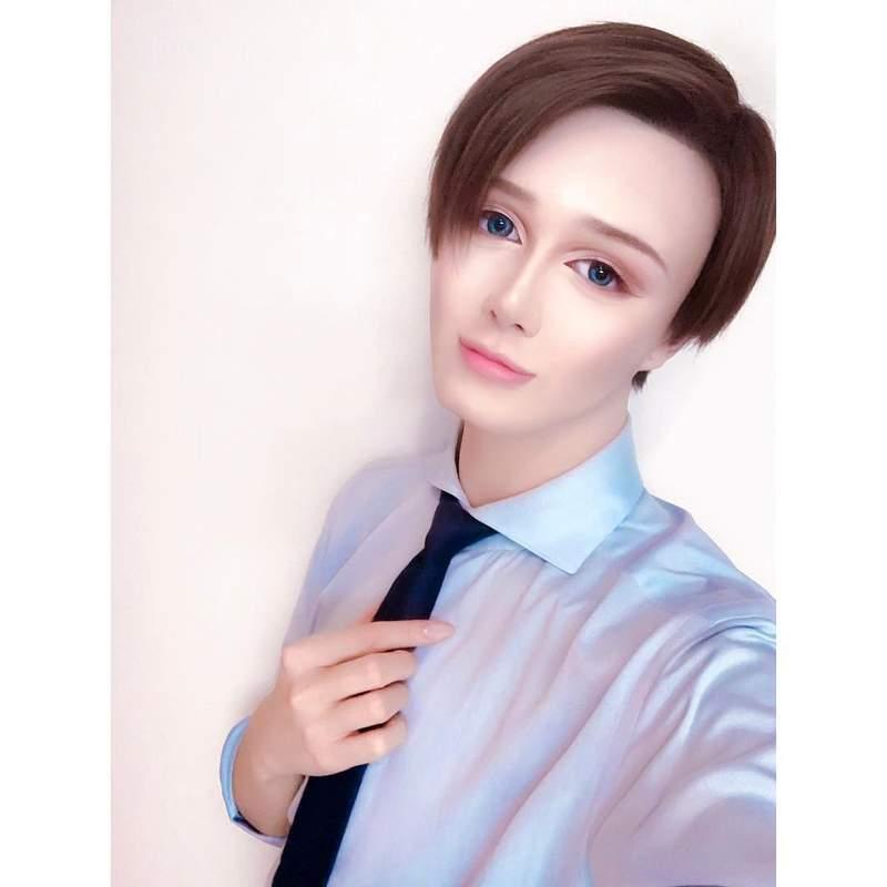 日本版蛇精男首度公開「素顏」澄清 自豪「真der沒整形」網呆:信了