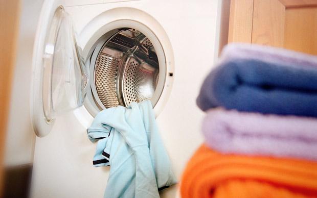 網友分享「許多年後才發現自己錯了」爆笑悲劇!他:一直以為上廁所要脫褲子