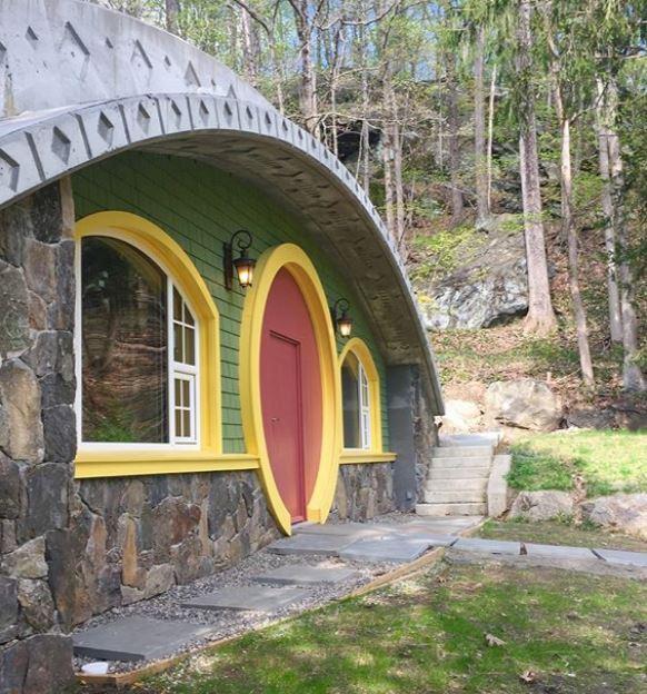 忠實《魔戒》粉絲花6年還原最夢幻小屋 「自帶隱形功能」內部美到不現實!