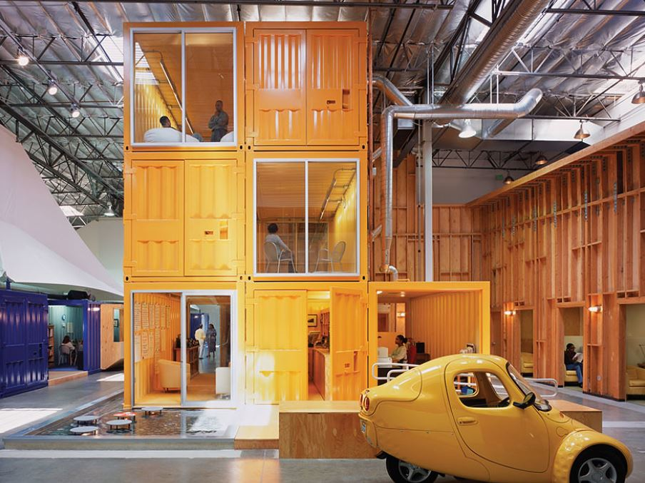 30個證明「Google根本是貧民窟」的超酷辦公室 水上樹屋整棟搬進來當會議室!