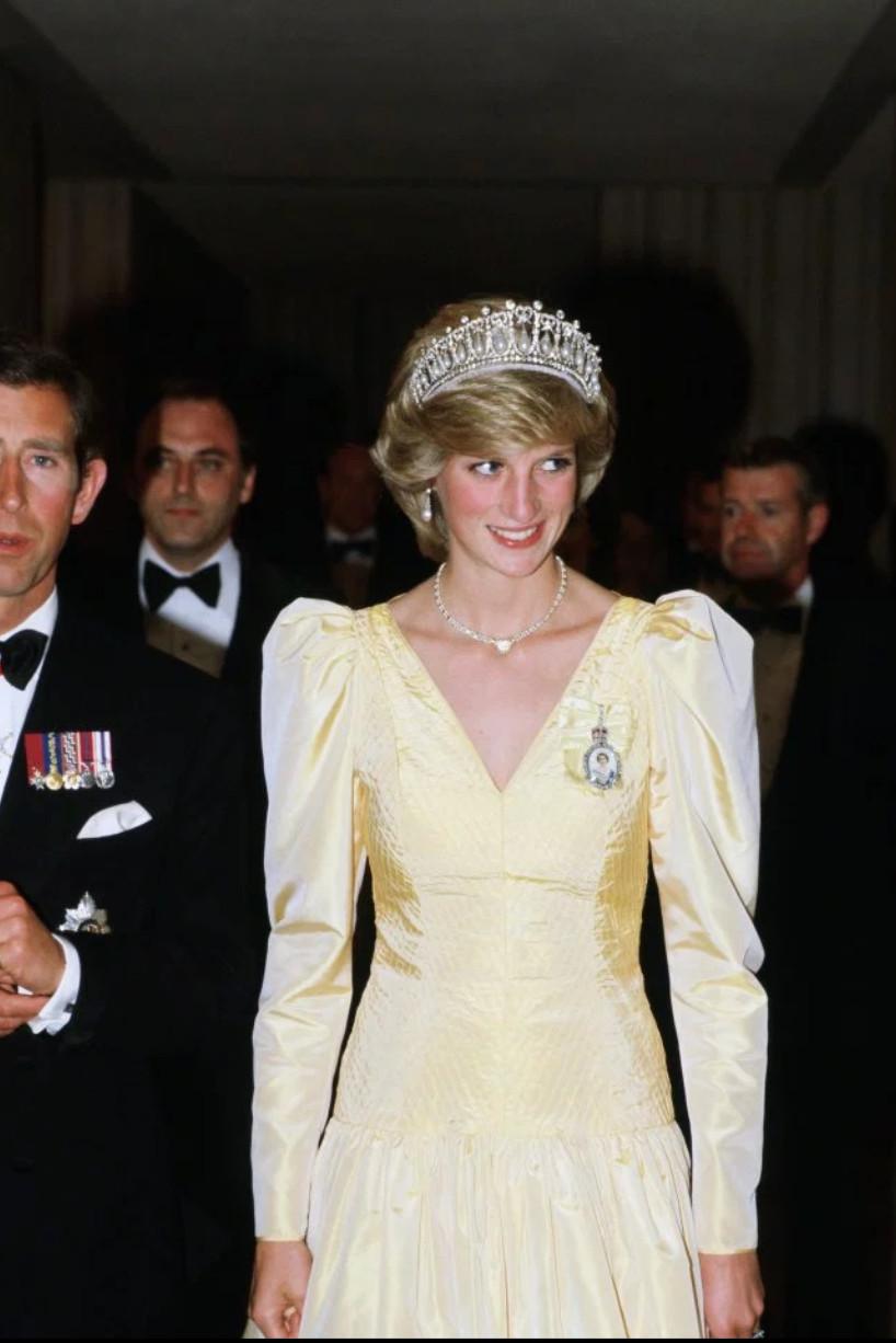 女王也加入排擠?戴安娜珠寶「只出現在凱特身上」哈利王子氣炸 消息人士爆:她的「排名」輸了