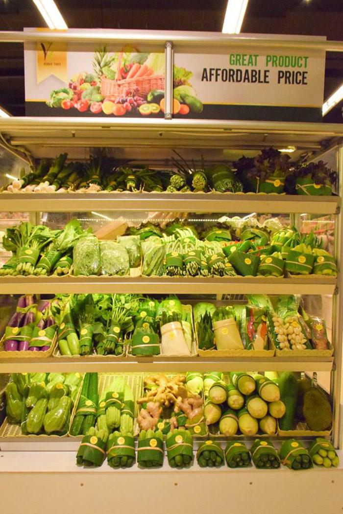 泰國超市「不提供塑膠袋」客人卻超滿意 用「香蕉葉」拯救地球!