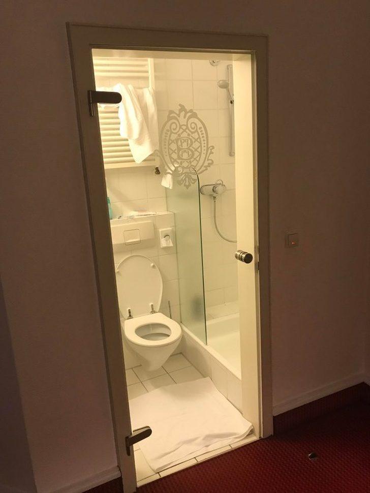 網分享「18個飯店最糟糕設計」讓人永生難忘 「保鮮膜火災警報器」根本白裝了!