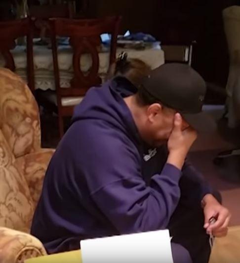 想「謝謝繼父」多年照顧 法院「幾張鐵牌」讓他哭到崩潰!
