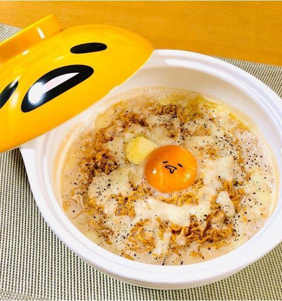 日推買泡麵送「蛋黃哥表情包」 網友被「超有生命力懶臉」萌壞:捨不得吃啦!